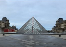 Louvre mit Pyramide | CC BY NC 4.0 Markus Heinze
