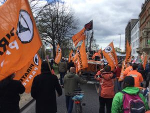 Piraten in Hannover gegen TTIP | CC-BY-4.0 @PirateRanger
